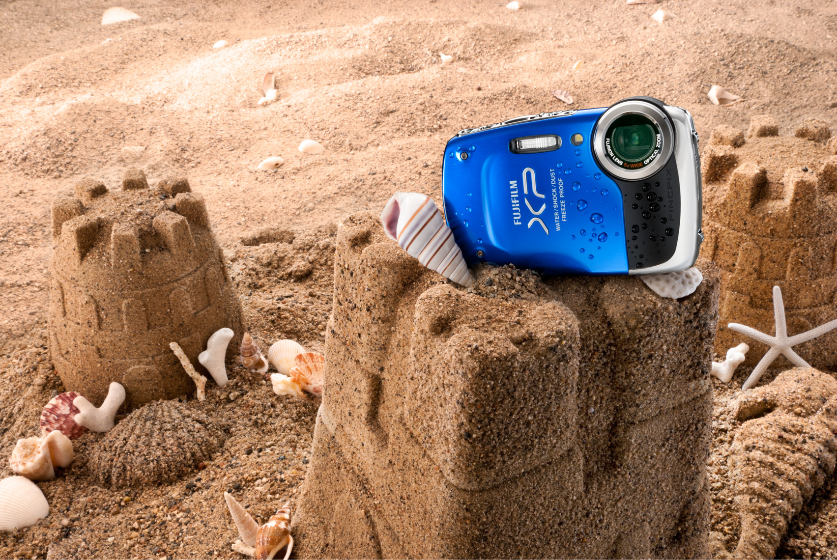 Fuji_WaterProof_Camera_Beach_Sand_Castle