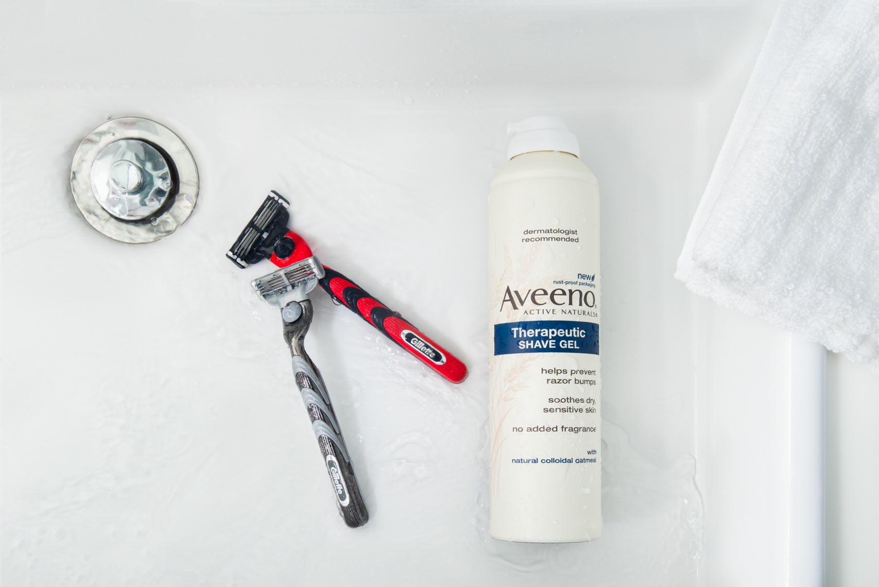 Gilette_Razors_with_Aveeno_Shave_Cream_and_Towel